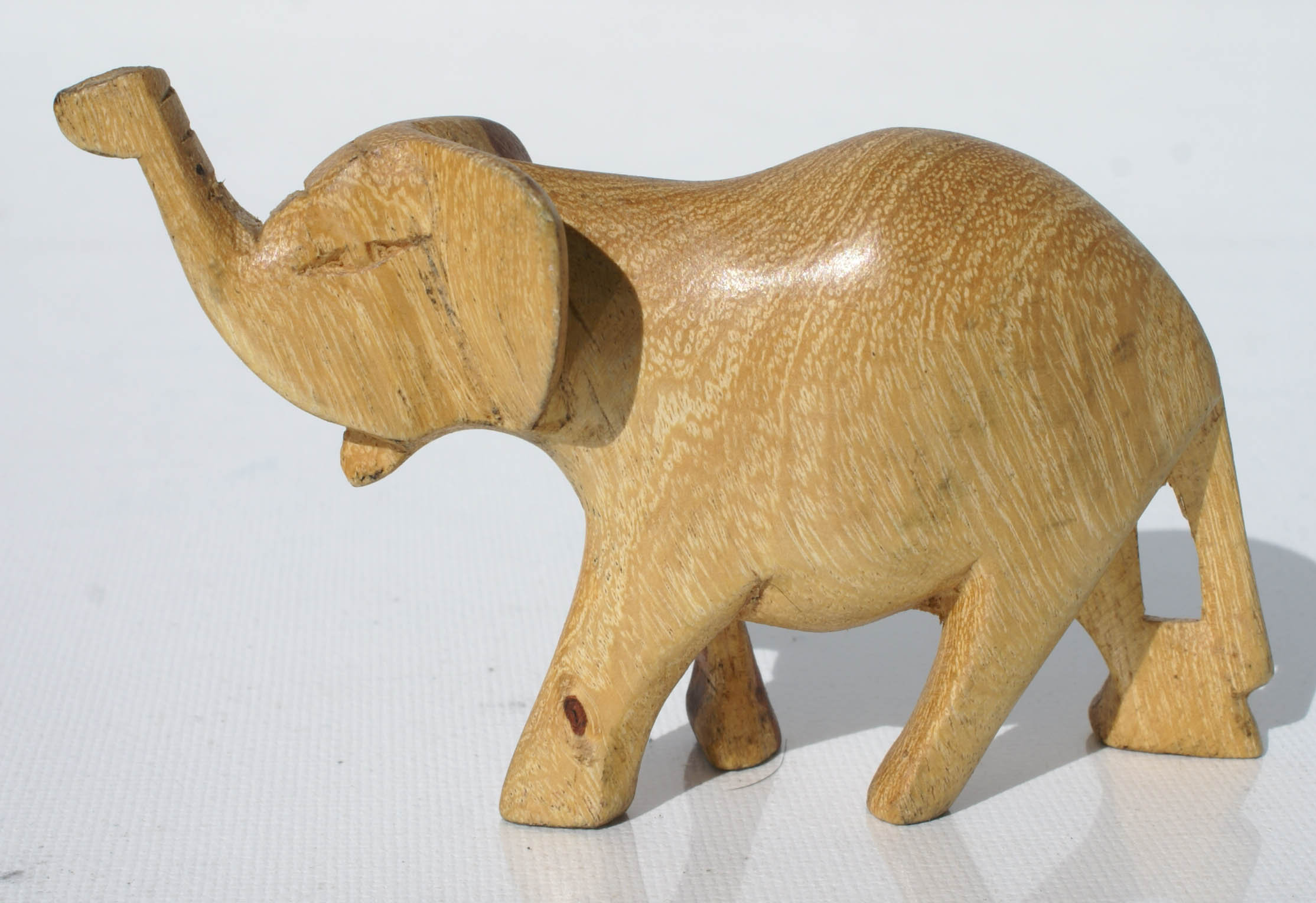 Elephant Wooden Figurine African Miniature Animal Figurines for Sale
